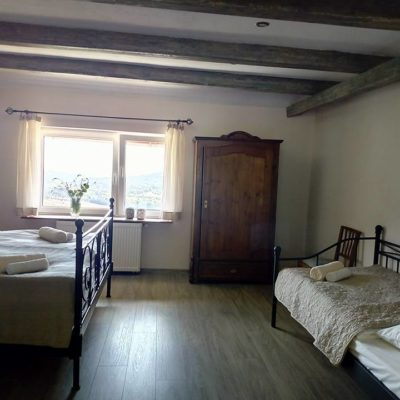 apartament 4 osoby sypialnia w Podgórskiej Odskoczni